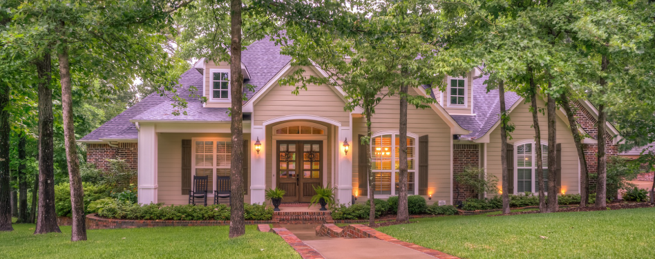 5 ways to create curb appeal while staying green green for Green home guide